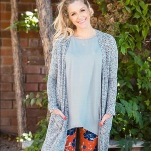 Lularoe size small Sarah sweater duster in silver